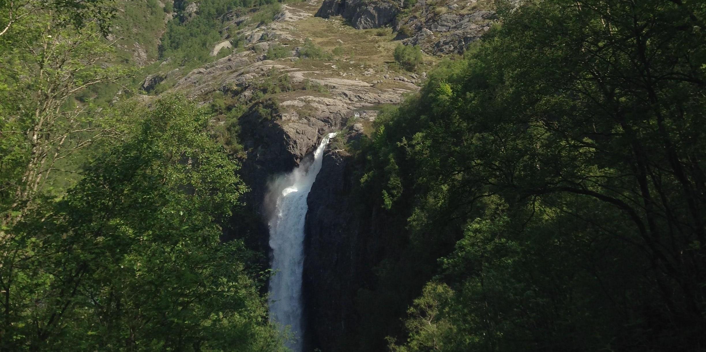 Fjell og foss-084290-edited