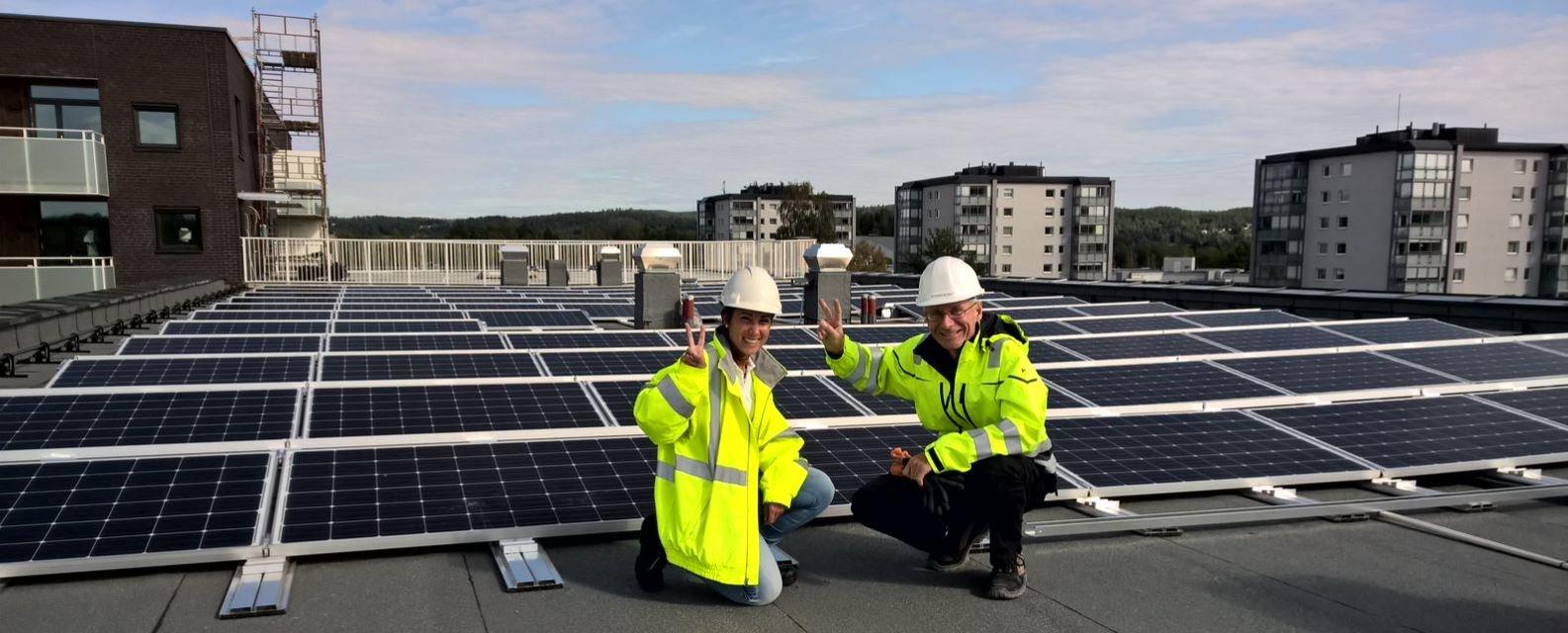 Solcellepaneler på taket i Kjerulfsgate i Lillestrøm