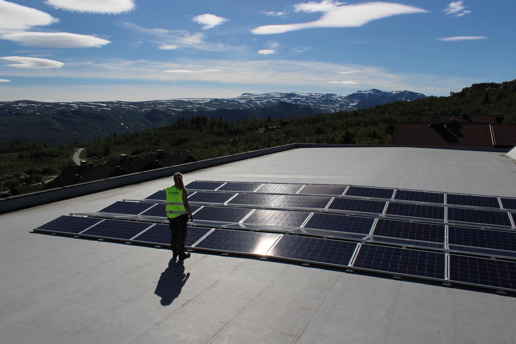 Hvor mye solenergi kan jeg få fra taket?