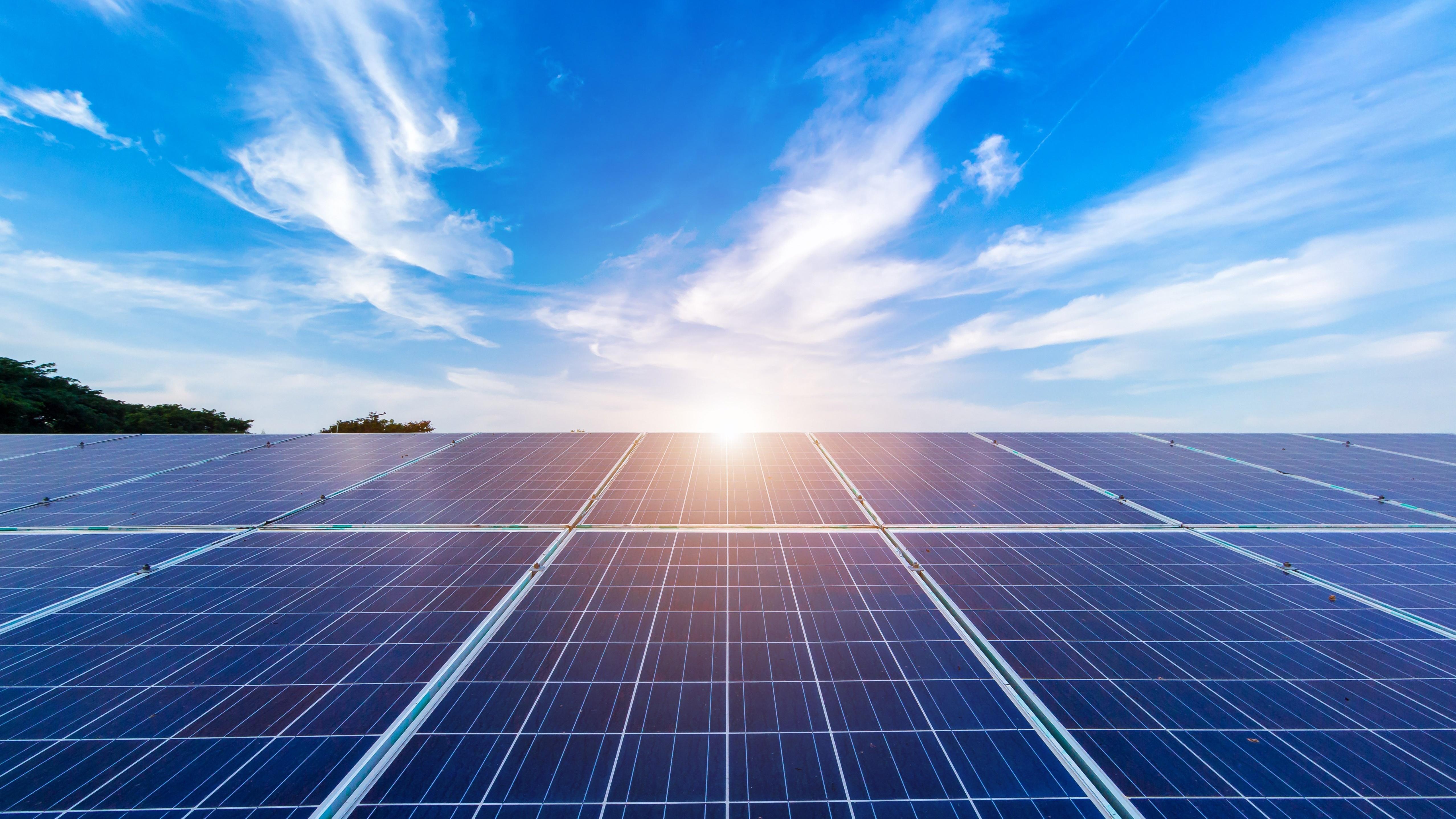 Hva bør du tenke på når du skal investere i solenergi og solcellepanel?